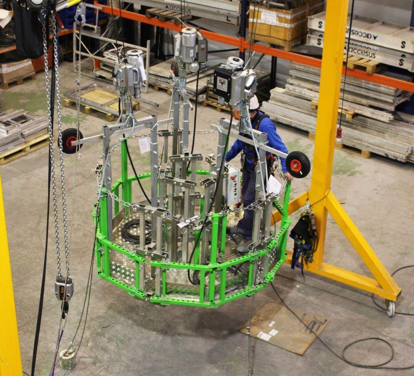 Plataforma circular KOMPLET para mantenimiento interior de chimeneas