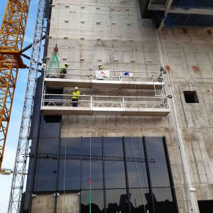 primer-plano-andamio-colgante-doble-piso-obra_web