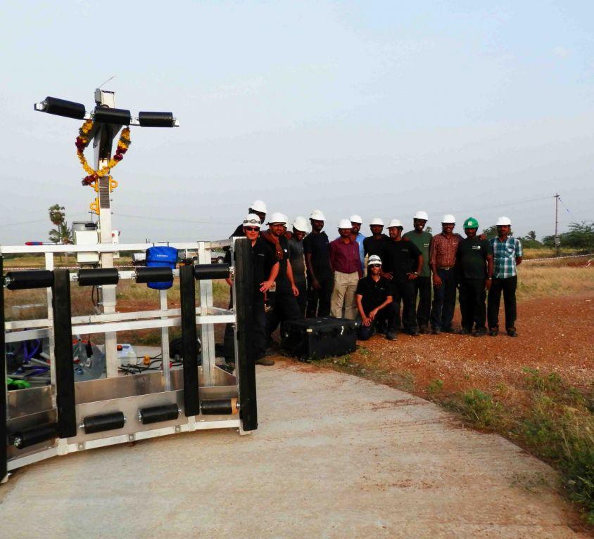Plataforma Modublade mantenimiento palas aerogenerador GAMESA G-80 – INDIA
