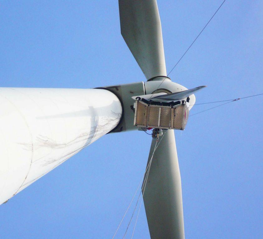 Plataforma Modublade mantenimiento palas aerogenerador GAMESA G-47